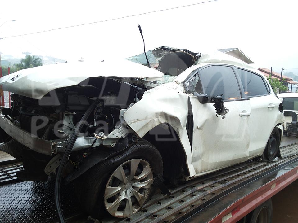 Sucata Peugeot 208 1.5 93cv Flex. Ano: 2013/ 2014