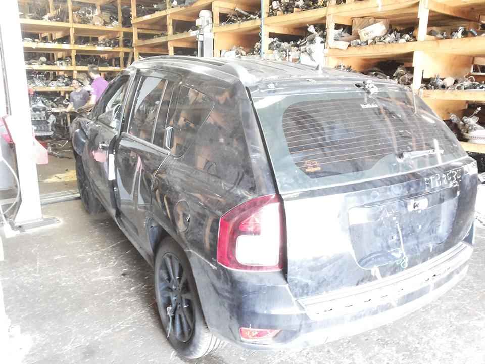 Sucata Jeep Compass Sport 2.0L 156cv 4x2 Automatico Gasolina Ano: 2013/ 2014