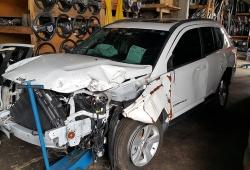 Sucata Jeep Compass Sport 2.0 156CV Automatico 4x2 Gasolina | Ano: 2013/2013