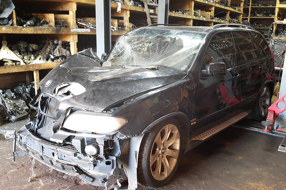 Sucata BMW X5 FA91 4.8 8cc 360cv 4x4 Automatica Gasolina Ano: 2005/ 2006